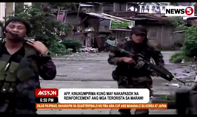 AFP_troops_on_maneuvers_Marawi_News5grab_08142017
